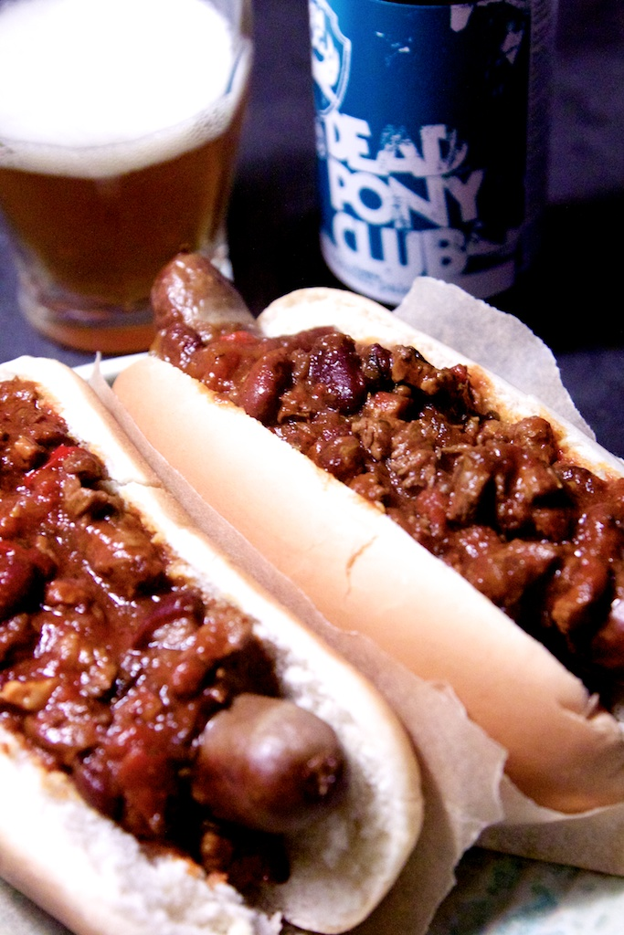 Chili dogs! Og en ualmindelig god chili con carne opskrift.